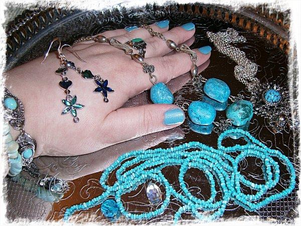 Smycken i silver och turkos