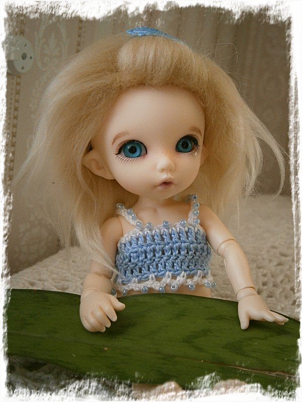 Alba-Stina leker fotomodell
