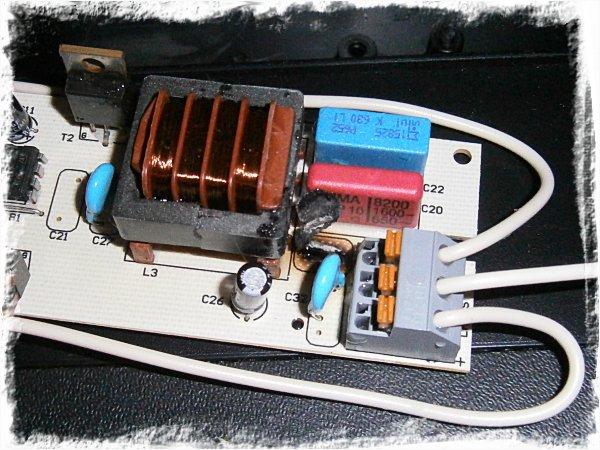 ...med trasiga elektronikpryttlar