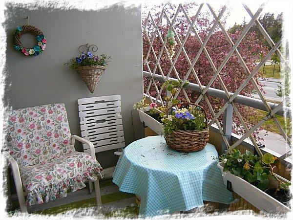 Bordet och blomlådorna