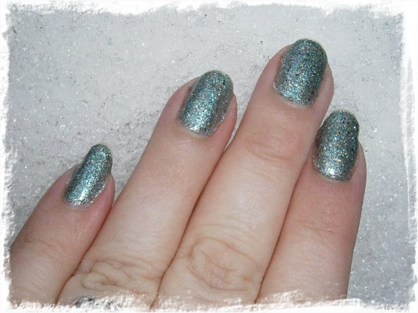 China Glaze Optical Illusion - MED blixt