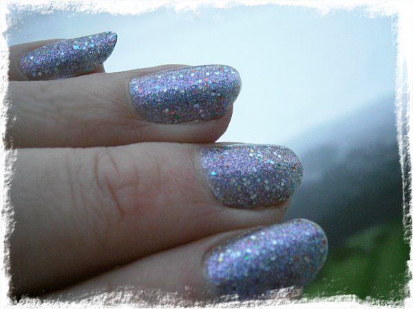 China Glaze Prism - UTAN blixt