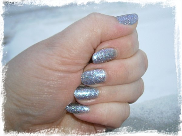 China Glaze Prism - MED blixt