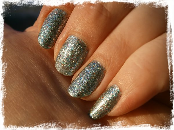 China Glaze Optical Illusion - utomhus solsken