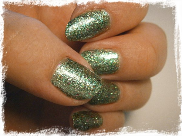 China Glaze Optical Illusion - inomhus, lampa, ingen blixt