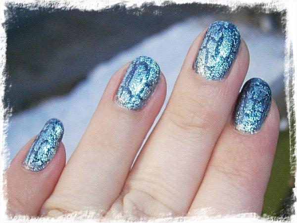 IsaDora Mad Blue - solsken + blixt (tror jag)