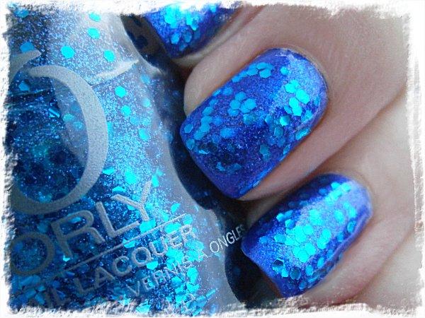 Orly Spazmatic över IsaDora Papagayo Blue