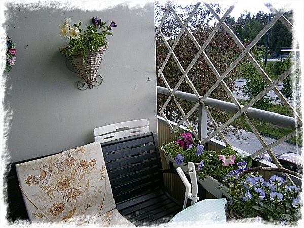 Blomlåda nr 1 och ampeln