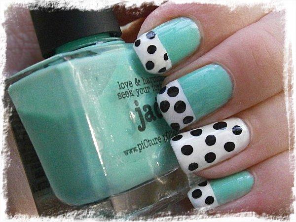 Dalmatinervalpspälskantade naglar