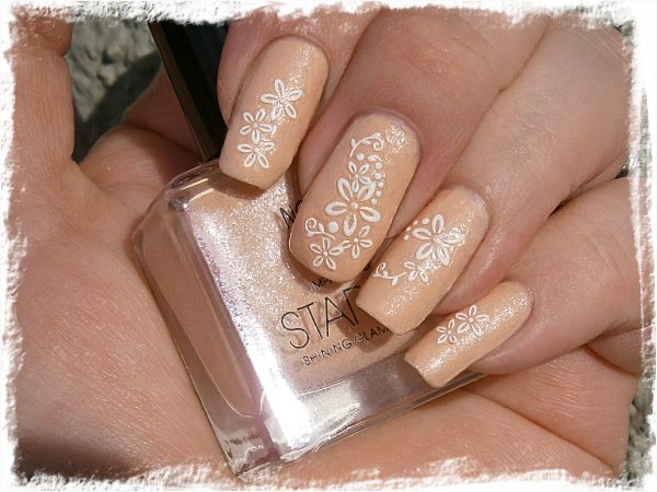 Nordic Cap/Star Nails NP14