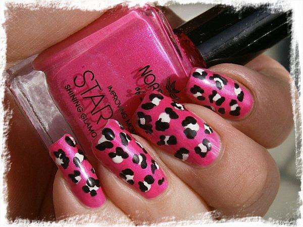 Leopardmönstrade sorgflugor