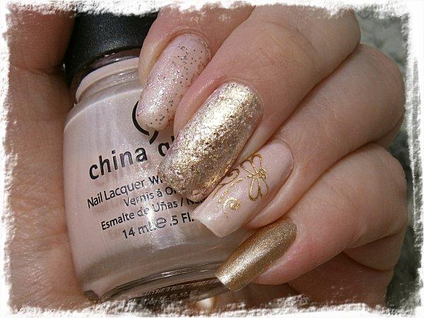 Skittlette i rosa och guld